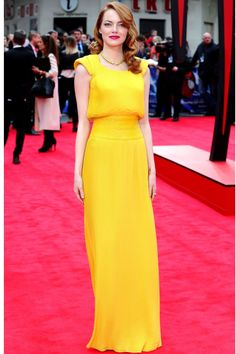 The Amazing Spider-Man 2 premiere, London - April 10 2014 Emma Stone wore a custom-made Atelier Versace gown. Atelier Versace, Estilo Fashion, Ideias Fashion, Oscar 2017 Dresses, Estilo Emma Stone, Emma Stone Red Carpet, Vestidos Oscar, Red Carpet Looks, Red Carpet Dresses