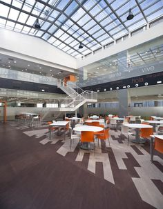 Orange call center by 3g Office, Oviedo – Spain