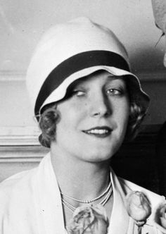 Cloche hat as worn by silent film star Vilma Bánky, 1927