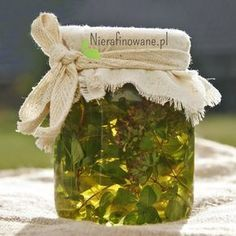 Oregano oil/ olejek z Oregano - przepis Nutrition Guide, Health And Nutrition, Magic Herbs, Oregano Oil, Polish Recipes, Health And Beauty Tips, Natural Medicine, Natural Health, Natural Remedies