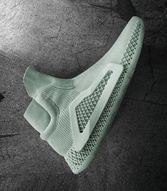 Sneakers have been an element of the fashion world more than perhaps you believe. Modern day fashion sneakers have little resemblance to their early predecessors but their popularity remains undiminished. Sneakers Mode, Best Sneakers, Sneakers Fashion, Adidas Sneakers, Basketball Trainer, Adidas Basketball Shoes, Men's Shoes, Shoe Boots, Shoes Sneakers