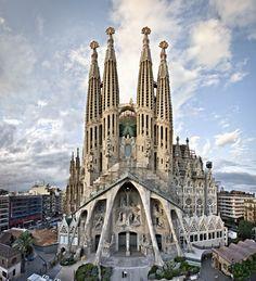 Passion Façade   Basílica de la Sagrada Família (Barcelona, Spain)