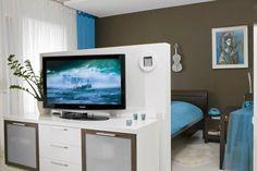 Sypialnia za niską ścianką