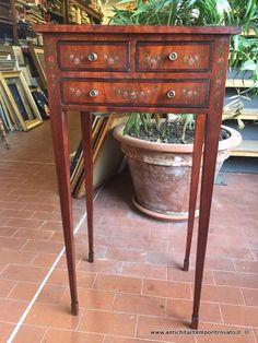 Mobili antichi mobili vari antico tavolino da colazione for Mobili antichi vendita