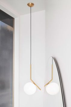 The IC Lights by Michael Anastassiades for FLOS has a poetic grace & visionary design quality that have always characterised the work of Cypriot designer.