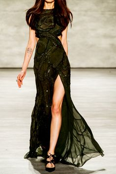 "#Tevinter noblewoman (PAMELA ROLLAND at New York Fashion Week Fall 2015) """
