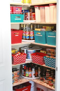 Take your pantry from good to AMAZING with these awesome tips! Learn some of the best home organizing tips from the video at this link too! #organization #pantry #clutterfree