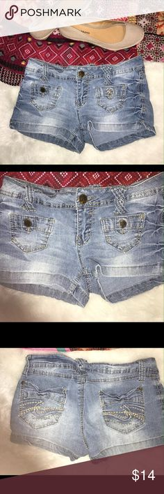 """Wallflower denim shorts 2"""" inseam Wall Flower short shorts Cool front pockets. beltloops criss-crossed  Juniors size 5 56% ramie,28% cotton 15% polyester 1% spandex  15"""" waist side to side 9"""" long at side 2"""" inseam 7.5"""" rise  No stains or tears, from smoke free home  (my item M16) Wallflower Shorts Jean Shorts"""