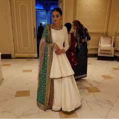 Pakistani Wedding Outfits, Pakistani Dresses, Indian Dresses, Indian Outfits, Pakistani Clothing, Wedding Hijab, Emo Outfits, Wedding Dresses, Party Dresses