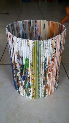 Recycled magazine trash can #recycledcraftscds