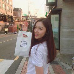 Asian Actors, Korean Actresses, Korean Actors, Actors & Actresses, Korean Idols, These Girls, Cute Girls, Seo Ji Hye, Bae