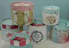 Rosas Shabby chic! Home Crafts, Diy And Crafts, Decoupage Jars, Craft Fair Displays, Hat Boxes, Pretty Box, Craft Bags, Altered Boxes, Vintage Shabby Chic
