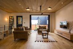 暮らしを深める家|施工実例|愛知・名古屋の注文住宅はクラシスホーム Japanese Living Rooms, Japanese Style House, Zen House, Room Interior, Interior Design, Kitchen Room Design, Small Living, Modern Living, My Room