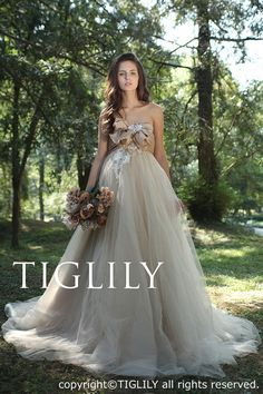 TIGLILY COLLECTION OF ELSA - TIGLILY(ティグリリィ) - ウエディングドレス、カラードレス