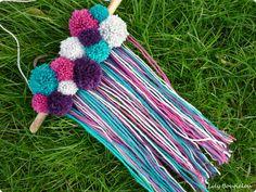 DIY banniere pompons boheme gipsy pompom banner lilybouticlou