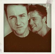 Edward Norton and Brad Pitt.I'm in love with Edward Norton more than Brad Pitt. Image Cinema, Cinema Film, I Movie, Movie Stars, Beautiful Men, Beautiful People, Fight Club Rules, Serge Gainsbourg, Jolie Photo