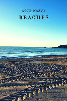 Traumstrände an der CÔTE d'Azur Ob azurblaue Badebuchten am ockerfarbenen Esterel Gebirge, den Calanques- Fjordähnliche Buchten zwischen Cassis und Marseille, den legendären Sandstränden wie Pampelonne bei St.Tropez oder grünen Bade Oasen mitten in der Provence. Die Auswahl an schönen Stränden in Südfrankreich ist riesig und für jeden Geschmack etwas dabei.Hier meine persönliche Auswahl der schönsten Strände von Südfrankreich und Côte d'Azur.