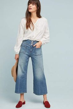 See this Pilcro Ultra High-Rise Cropped Wide-Leg Jeans from Anthropologie. Wide Jeans, Cropped Wide Leg Jeans, Jean Court, Oufits Casual, Casual Wear, Black Jeans Outfit, Spring Fashion Outfits, Jeans Fashion, Women's Fashion
