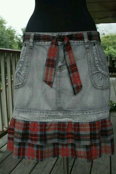 "Red Plaid & Gray Denim Prairie Cowgirl Tattered Skirt with Matching Belt - Upcycled Could go calico and jeans too pair up with boots and a western hat and you have yourself a "" Cowgirl Up "" outfit for a night on the town or a fun day of shopping Clothes Crafts, Sewing Clothes, Jean Diy, Diy Vetement, Mode Jeans, Denim Ideas, Denim Crafts, Altered Couture, Recycled Denim"