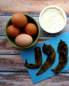 Soft Scrambled Eggs with Hatch Chiles | Suitcase Foodist