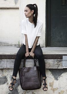 isawtoday:  Yvonne Koné  Croco shoping bag