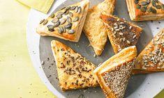 sütnijó! – Kipróbált sütemény receptek - Tönköly leveles háromszögek French Toast, Protein, Bread, Dishes, Baking, Breakfast, Ethnic Recipes, Party, Beignets