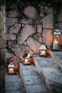 Outdoor lanterns on the front steps - love this, definitely going to build on it! Light Luz, Outdoor Lighting, Outdoor Decor, Outdoor Lantern, Stair Lighting, Front Steps, Porch Steps, Candle Lanterns, Flameless Candles