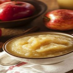 Baby Food: Apple and Oat Puree