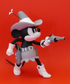 medicom vinyl collectible dolls: minnie mouse from 'two-gun mickey' (2004)