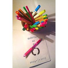 """Előttem az év!  2015 #eviranytu #yearcompass #mogottedazev #elottedazev #theyearahead #evrendezes #yearplanning #2014 #2015 #i5 #igers #insta #igaddict…"""
