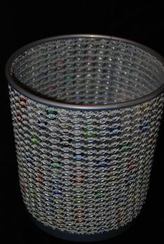 Aluminum can tabs are very easy to work with, here are 20 projects to inspire you! - Crafts - Tips and Crafts Soda Tab Crafts, Can Tab Crafts, Aluminum Can Crafts, Aluminum Cans, Pop Top Crafts, Pop Tab Purse, Pop Can Tabs, Soda Tabs, Recycle Cans