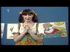 ▶ Šla Nanyka do zelí - YouTube Karaoke, Songs, Youtube, Traditional, Style, Swag, Song Books, Youtubers, Outfits