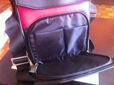 Más compartimentos de la Asphalt de Ziron para llevar la tablet. Cierres magnéticos, cremalleras de calidad y un tacto símil piel como pocos productos del sector. www.ziron.es Fashion Backpack, 21st, Backpacks, Bags, Zippers, Products, Fur, Handbags, Backpack