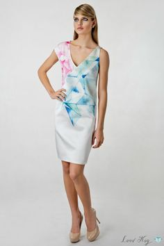 Crystalline green peony dress by Land Kay.  40% Silk, 60% Cotton. Please leave a request through http://landkay.com/en/lookbook.php