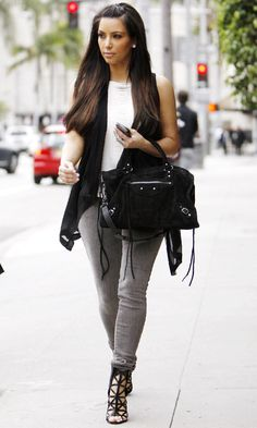 Kim Kardashian Does Off-Duty Cool Carrying A Balenciaga Bag In LA, March 2011