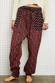 Staring at Stars Printed Trousers in Burgundy at Urban Outfitters by DaisyCombridge