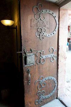 Abbey door. HardwareDoors & Pin by Andrasz Bacsi on Ornate door hardware | Pinterest