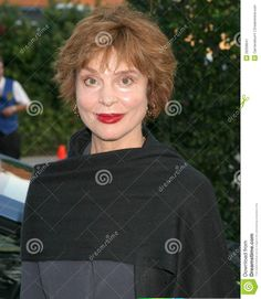 leigh taylor young 2016