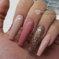 Semi-permanent varnish, false nails, patches: which manicure to choose? - My Nails Classy Nails, Fancy Nails, Stylish Nails, Trendy Nails, Coffin Nails Long, Long Nails, Short Nails, Fall Acrylic Nails, Fire Nails