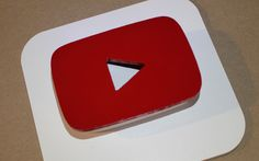 Three-Dimensional YouTube Icon Art  https://youtu.be/_cfDLhOBd7M