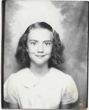 Vintage Old 1930's Photo Booth Cute Little School Girl Wavey Hair Great Smile