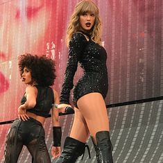 Taylor Swift Country, Long Live Taylor Swift, All About Taylor Swift, Taylor Swift Hot, Taylor Swift Songs, Taylor Swift Style, Red Taylor, Taylor Swift Pictures, American Music Awards