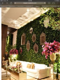Like the garden wall with mirrors