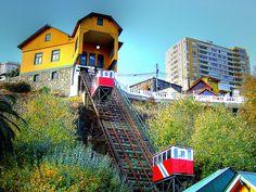 Siguen siendo la mejor forma de acceder desde el Plan a los Cerros.Valparaíso.Chile