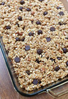 EASY, no-bake, kid-friendly homemade granola bars. ~ https://www.fromvalerieskitchen.com