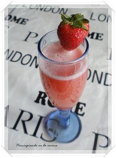 PRINCIPIANDO EN LA COCINA: Champán de fresas