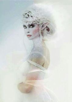 elf, fantasy, and princess image Foto Fantasy, Fantasy World, Fantasy Art, Ice Queen, Snow Queen, Magical Creatures, Fantasy Creatures, Snow Fairy, Winter Fairy