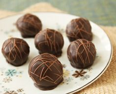 Mocha Meltaways Truffle Recipe  These look so yummy!