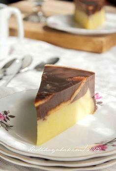 Mmmmmh...puding bener-bener yummiii...lapisan kentangnya lembut, begitu pula dengan puding cokelatnya. Enaaak deh pokoknya. Ini resep mam... Puding Oreo, Puding Cake, Resep Cake, Bolu Cake, Pudding Desserts, Pudding Recipes, Cake Recipes, Dessert Recipes, Appetizer Recipes