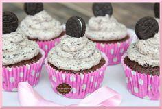 Tartacadabra: Cupcake Choco loco con frosting de crema de queso y oreo